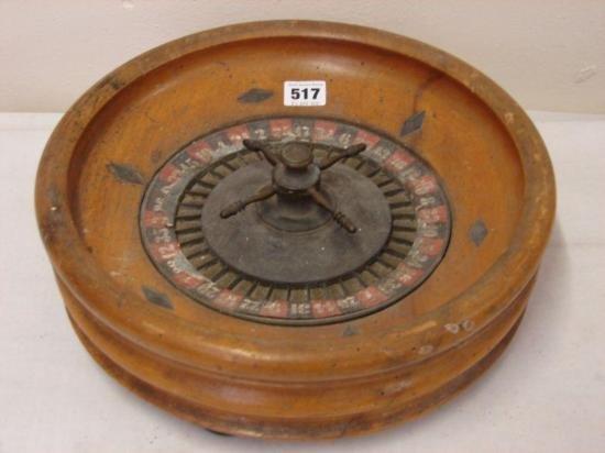 ET0503120152 Vintage Roulette wheel