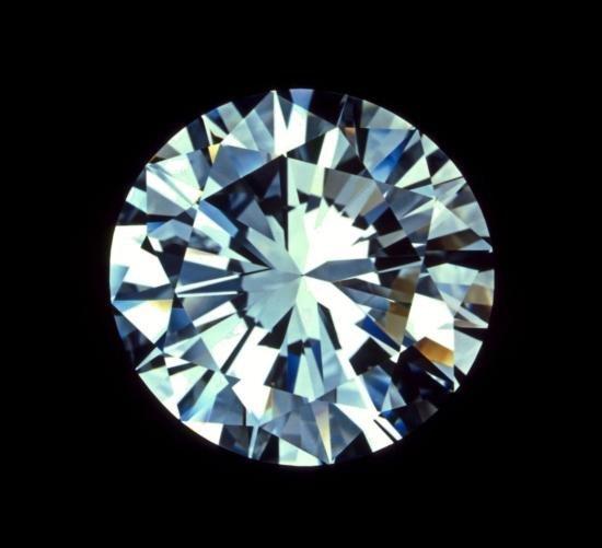 Bianco 6 Carat Round Brilliant Cut Diamond