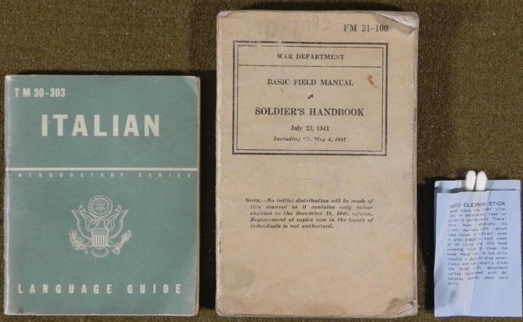 WWII GI FIELD MANUAL- ITALIAN LANGUAGE GUIDE AND Q-TIPS