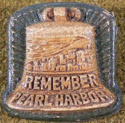 "WWII ORIG ""REMEMBER PEARL HARBOR""  VINTAGE PIN"