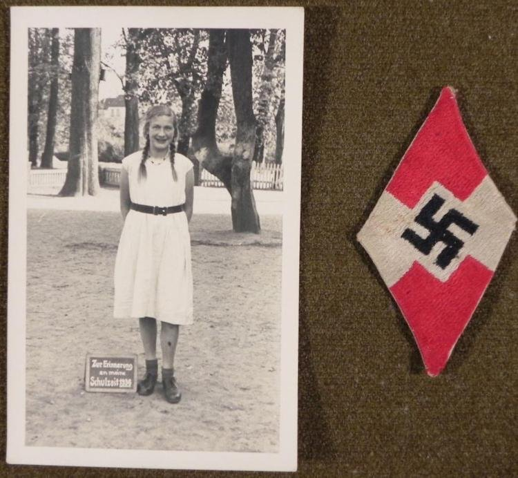 NAZI HITLER YOUTH JACKET PATCH & PHOTO OF HJ/BDM GIRL