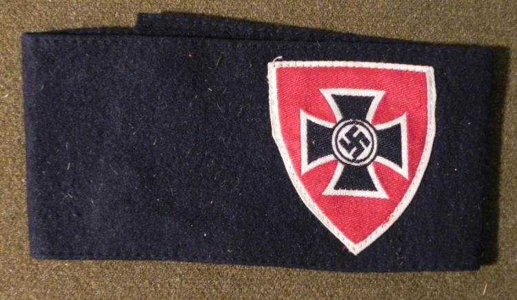 ORIGINAL NAZI BLACK ARMBAND RED WHITE SHIELD IRON CROSS