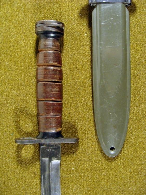 WWII M4 US BAYONET KNIFE-JAPANESE MADE W/M8A1 SCABBARD