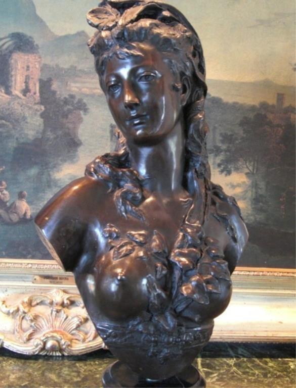 Dazzling Bronze Bust Sculpture Renaissance Woman N