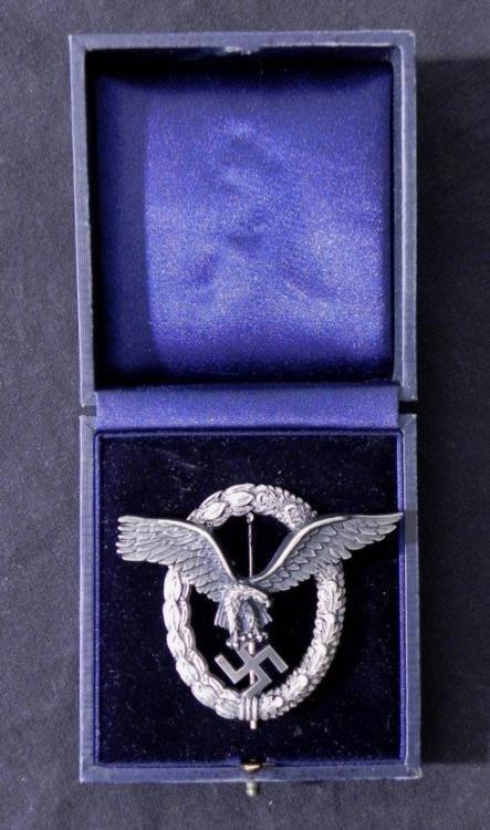 RARE NAZI LUFTWAFFE PILOT & OBSERVER'S BADGE W/CASE