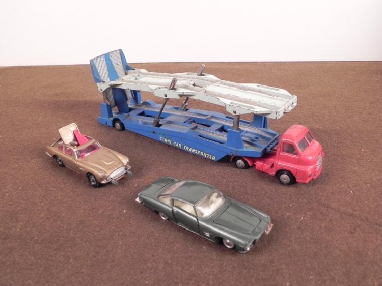 VINTAGE CORGI VEHICLES--2 PC CAR TRANSPORTER-JAMES BOND