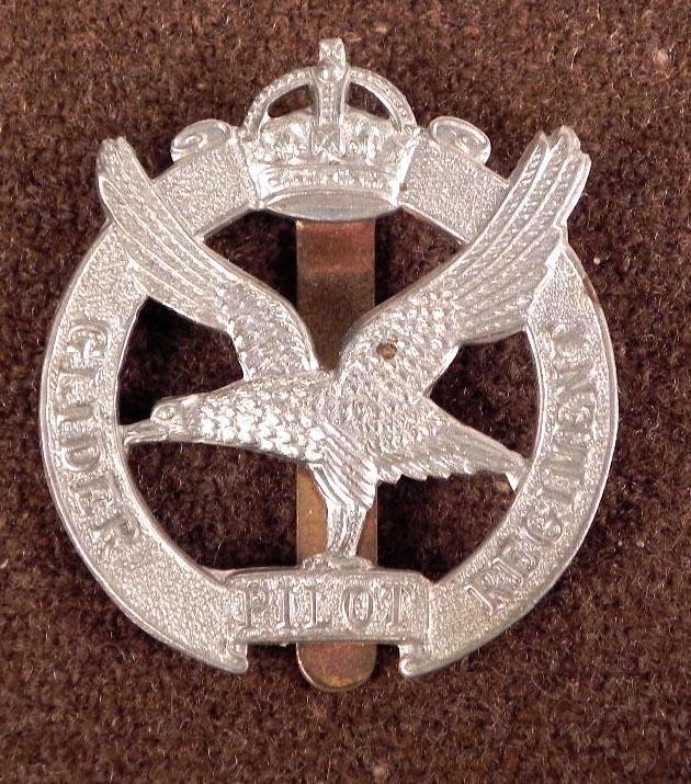 BRITISH GLIDER PILOT'S REGIMENTAL BADGE