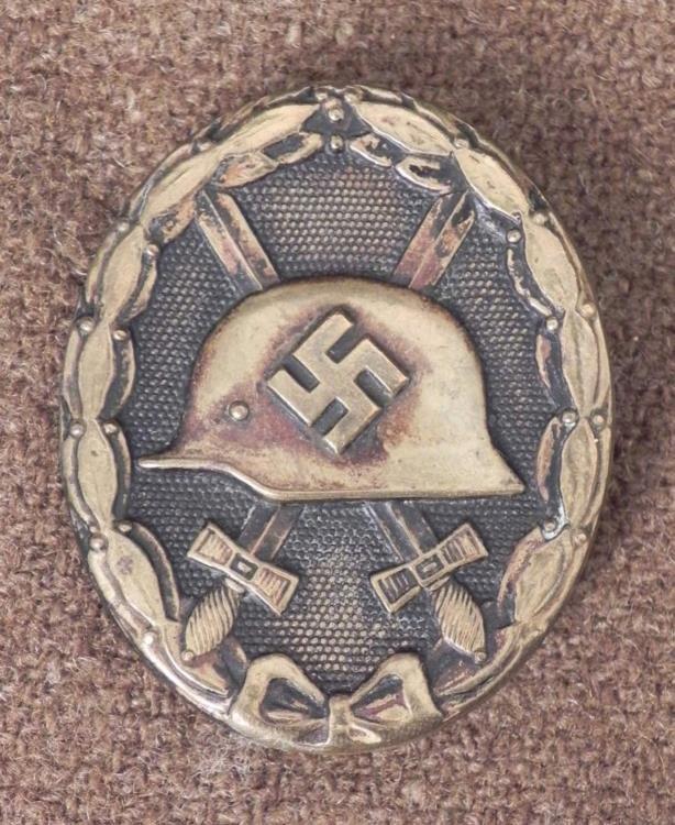 NAZI BLACK WOUND BADGE -PINBACK ORIG-