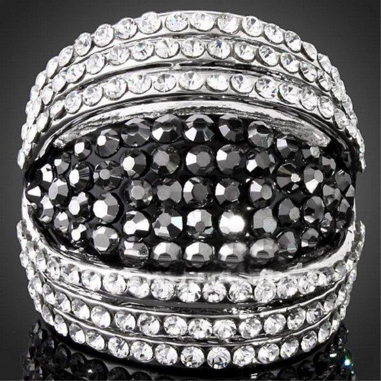 Stunning Black & Clear Crystal Silver Ring, size 8