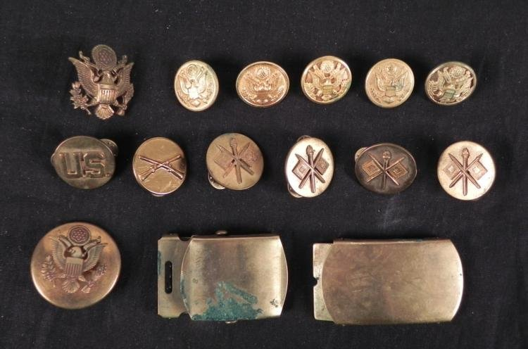 COLLECTION OF 15 PCS OF U.S. MILITARY BRASS-BUCKLES