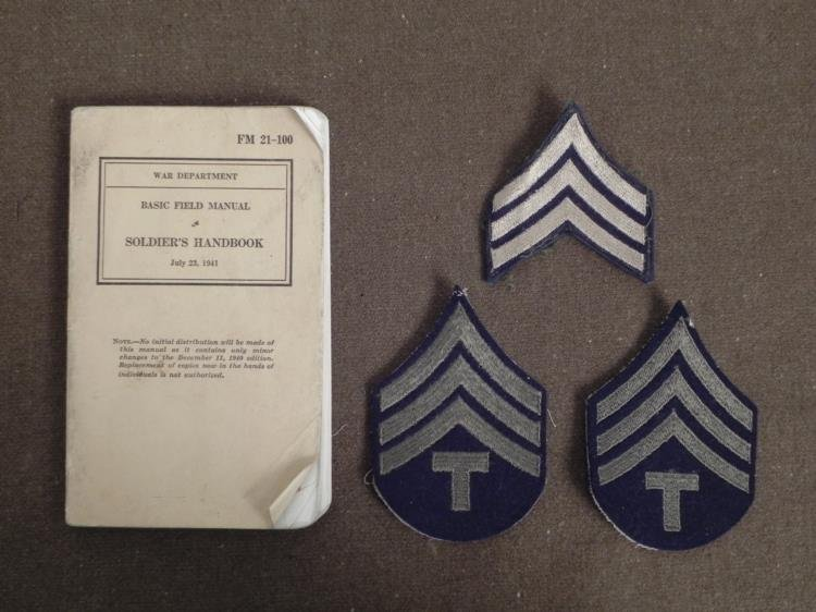 """WWII 1941 """"SOLDIERS HANDBOOK"""" FIELD MANUAL + 3 PATCHES"""