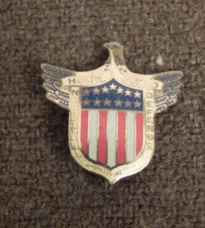 """WWII """"HOME GUARD-NATIONAL DEFENSE"""" PIN/BADGE W/EAGLE"""