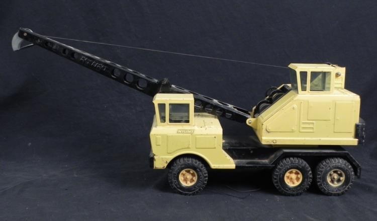 Nylint Vintage Folding Crane Steel Construction Truck