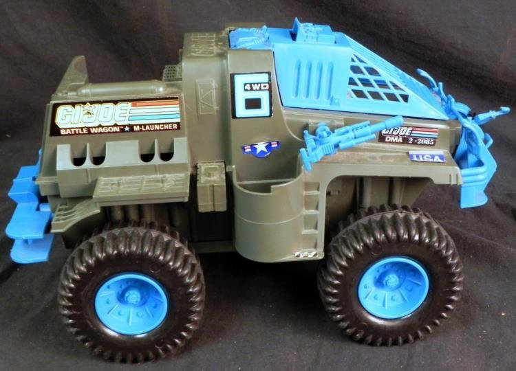 LARGE VINTAGE GI JOE BATTLE WAGON & M-LAUNCHER WORKS - 4