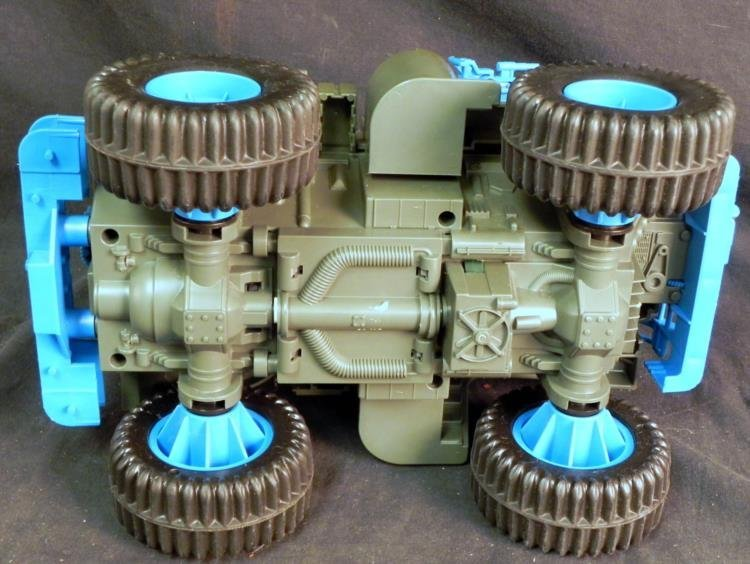 LARGE VINTAGE GI JOE BATTLE WAGON & M-LAUNCHER WORKS - 6