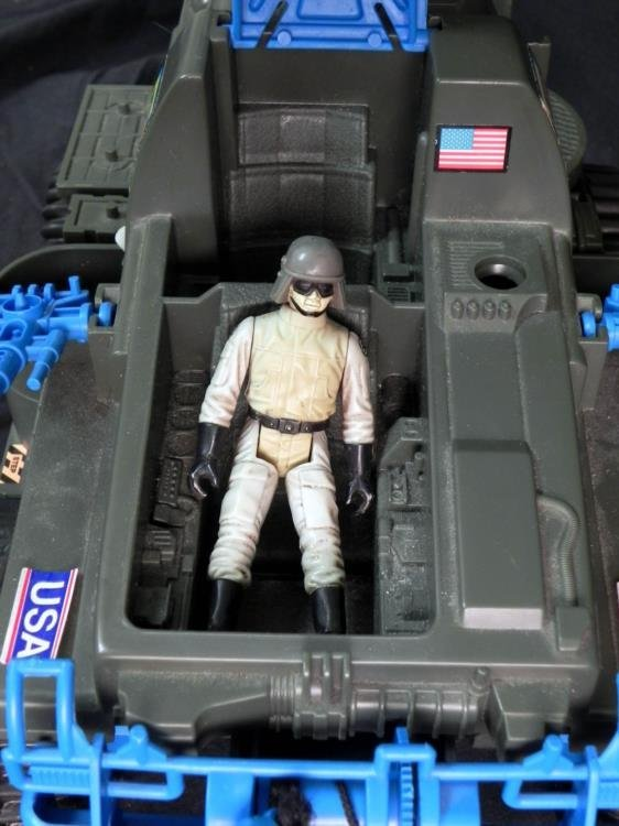 LARGE VINTAGE GI JOE BATTLE WAGON & M-LAUNCHER WORKS - 7