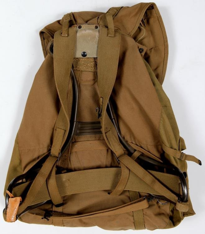Vintage WWII US Army Backpack Rucksack Canvas Gas Mask - 4