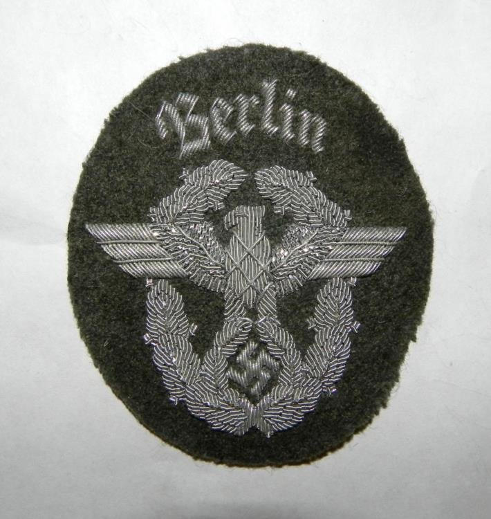 "NAZI FIELD POLICE OFFICER SHLDR PATCH-""BERLIN"" SILVER"