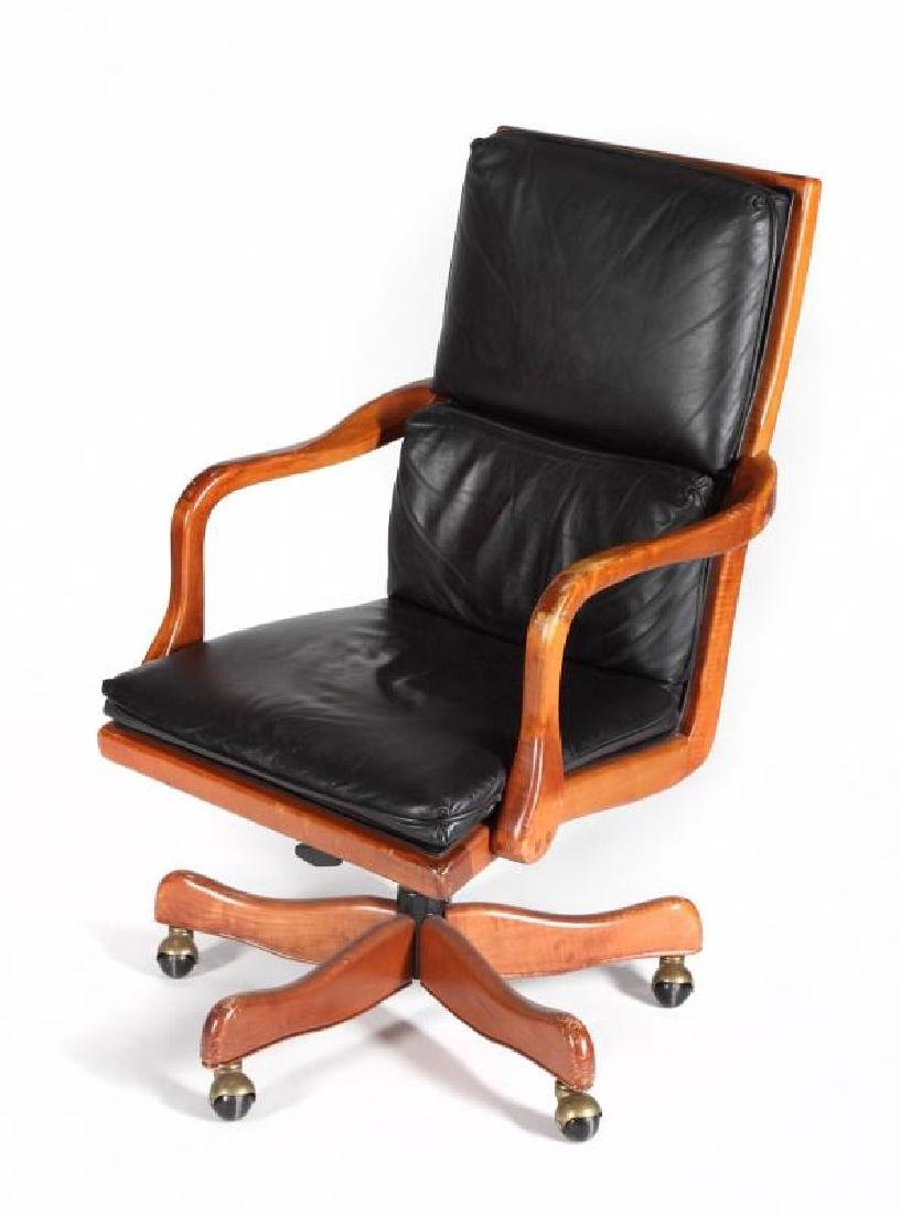MEAT LOAF EXECUTIVE CHAIR