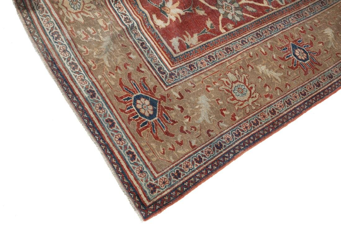 MIDDLE EASTERN KILIM WITH FLORAL PATTERN