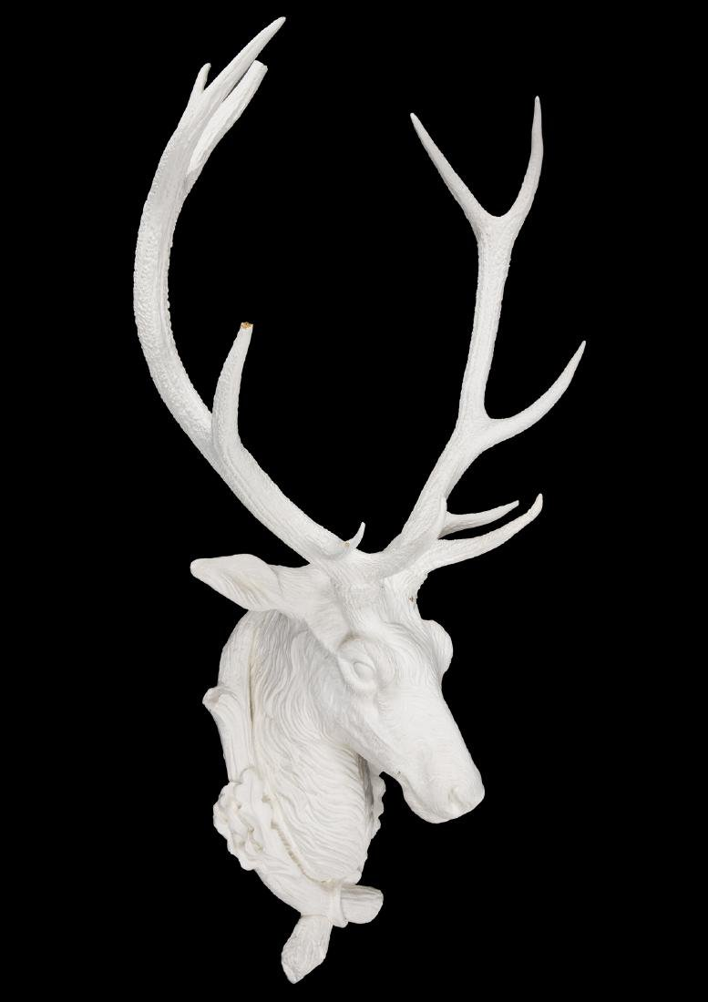 DECORATIVE EUROPEAN MOUNTED RED STAG