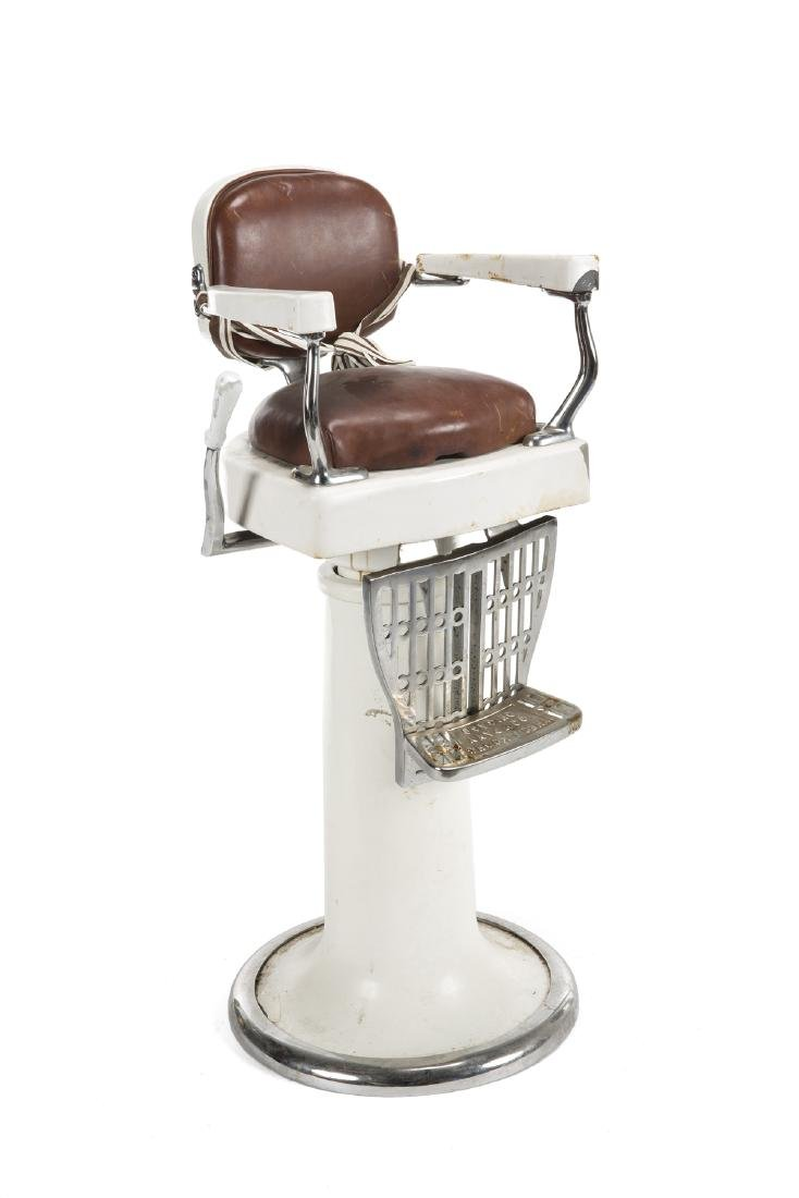ANTIQUE THEO KOCH BARBER CHAIR