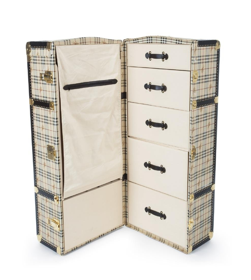 BURBERRY TRAVELING STEAMER TRUNK - 2