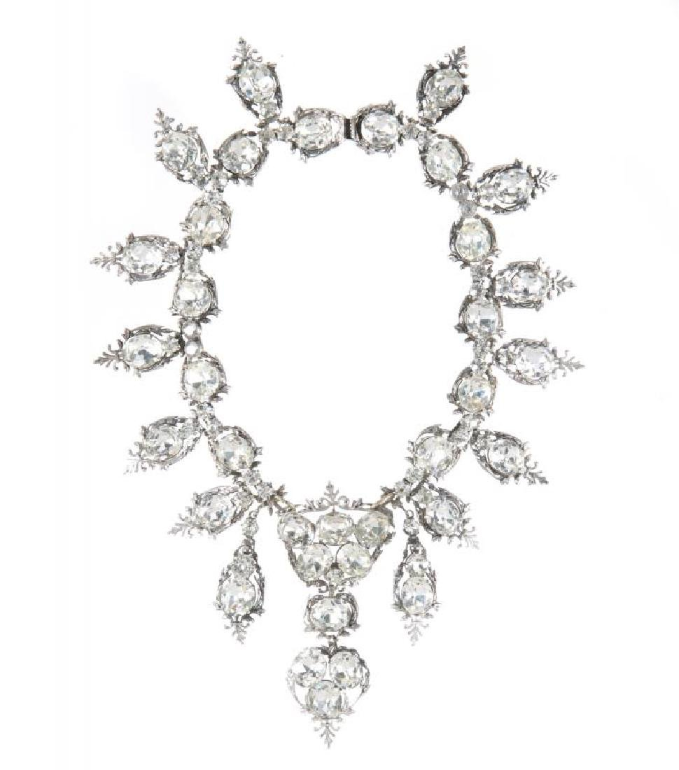 ALEXIS SMITH WORN NECKLACE