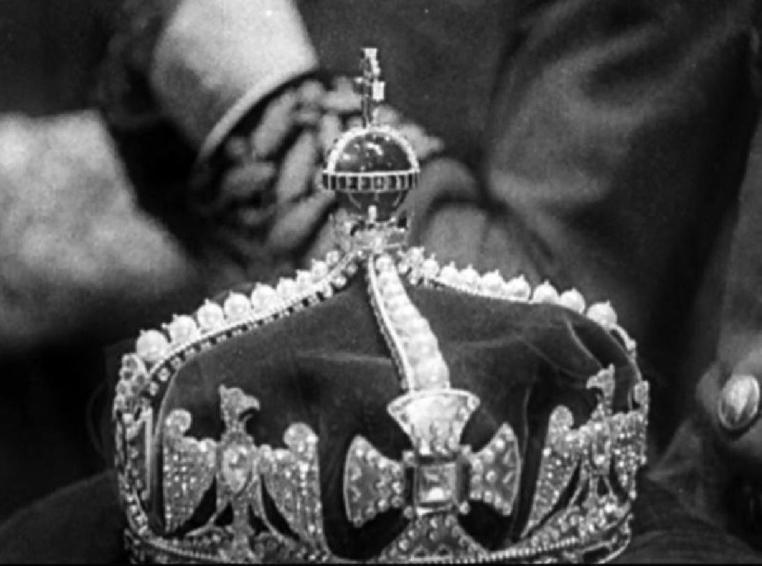 RONALD COLMAN PRISONER OF ZENDA WORN CROWN - 2