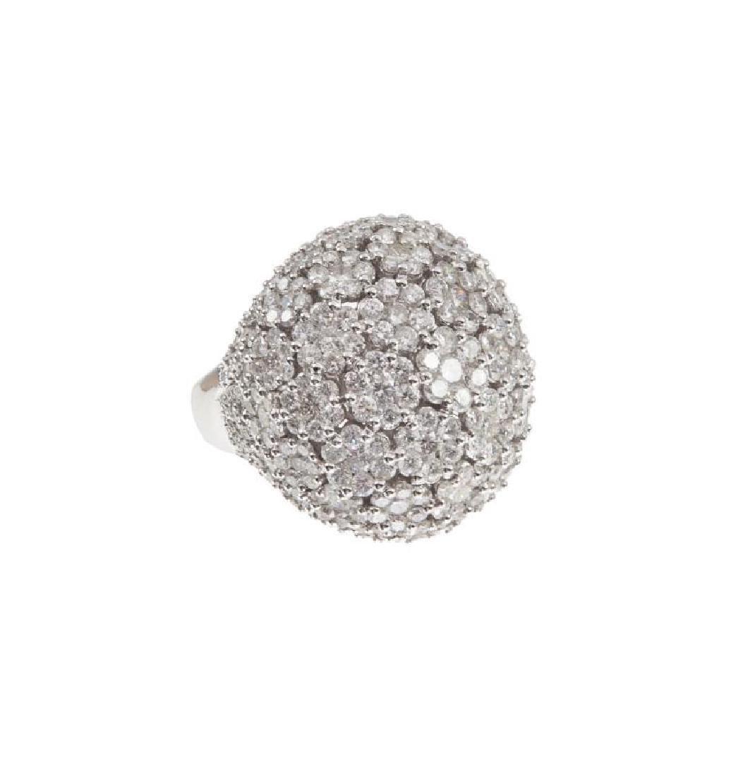 DIAMOND BOMBE STYLE RING