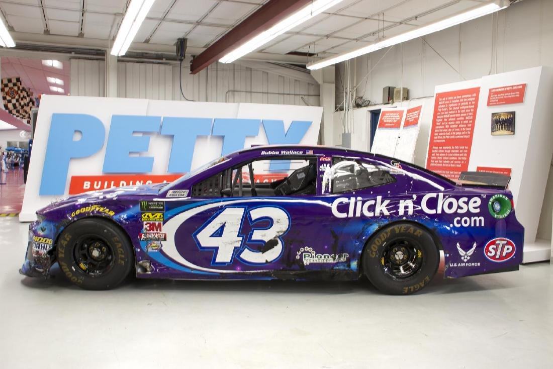 RICHARD PETTY MOTORSPORTS 2018 CHEVROLET CAMARO ZL1 - 2