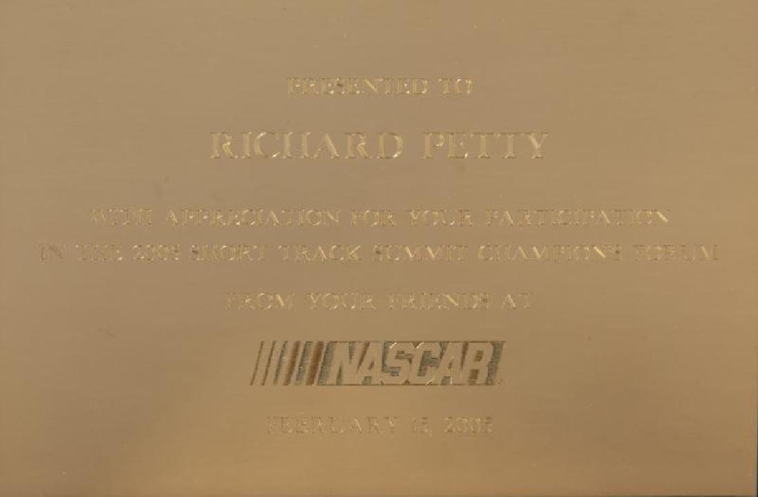 2005 NASCAR CIGAR BOX PRESENTED TO RICHARD PETTY
