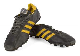 DIEGO MARADONA 1977 MATCH WORN FOOTBALL BOOTS