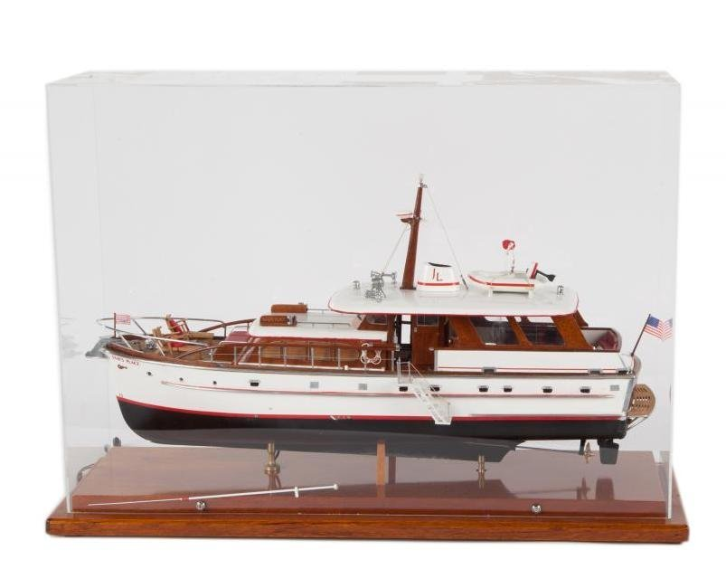 "JERRY LEWIS ""SAM'S PLACE"" MODEL YACHT"