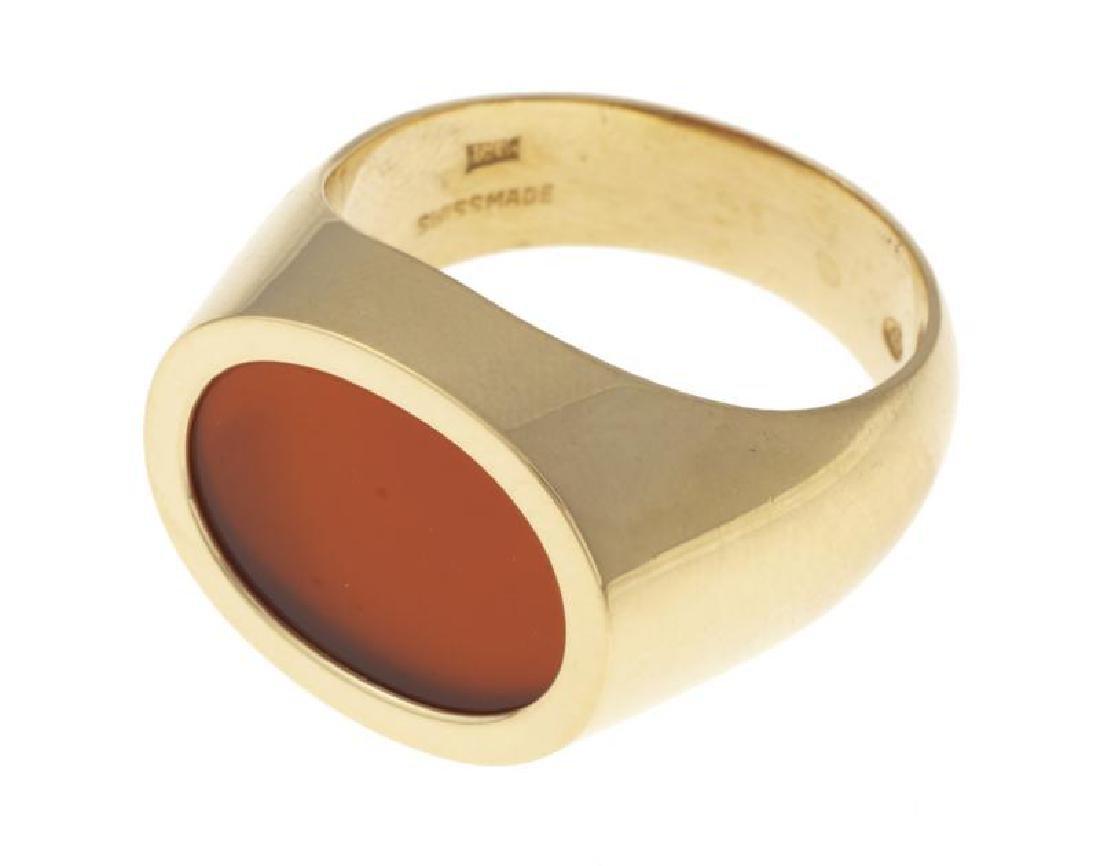 JERRY LEWIS 18K GOLD CARNELIAN RING