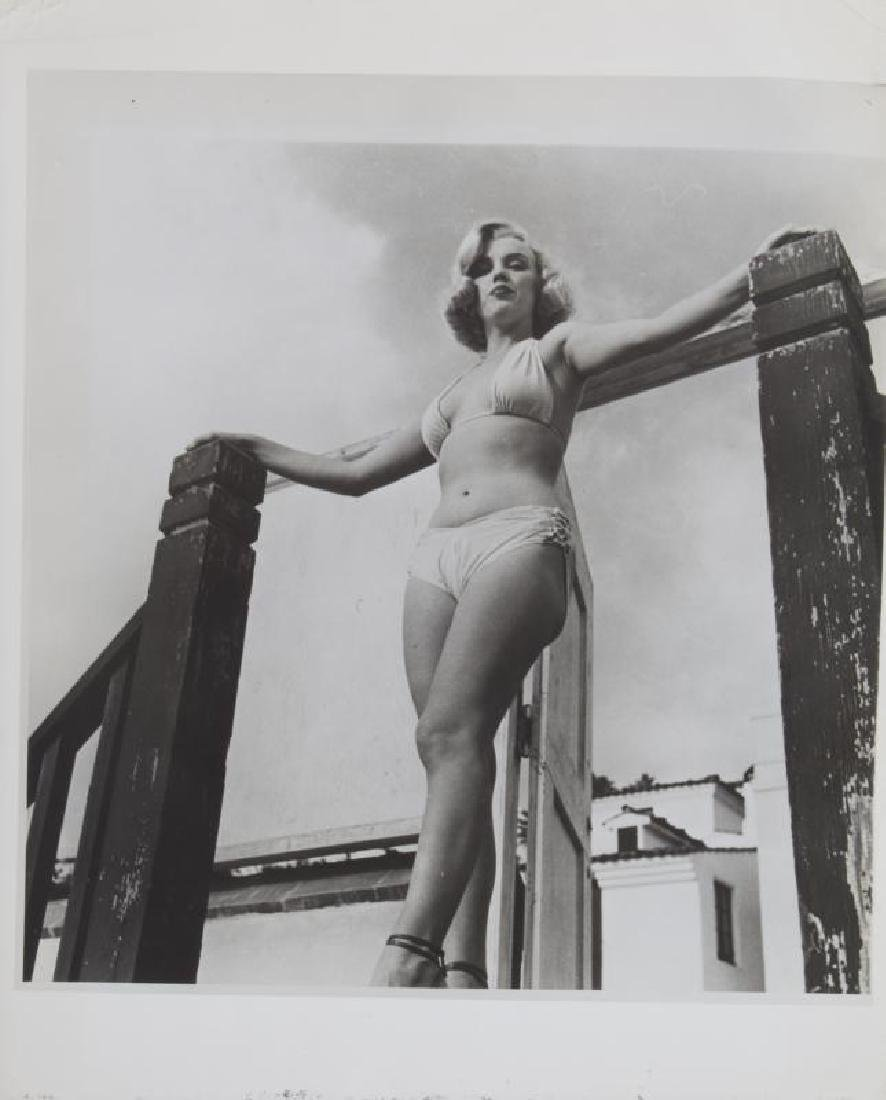 MARILYN MONROE BLACK AND WHITE PHOTOGRAPHS - 3