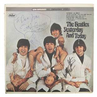 JOHN LENNON OWNED AND SIGNED YESTERDAY AND TODAY FIRST