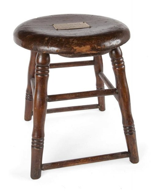 Enjoyable Gene Tunney Fight Stool With Brass Plaque Machost Co Dining Chair Design Ideas Machostcouk