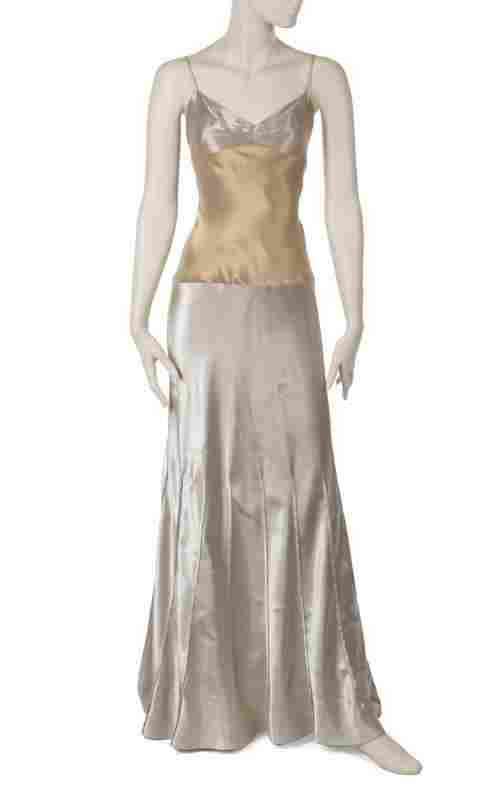 OLIVIA NEWTON-JOHN STAGE AND EVENT WORN VERA WANG GOWN