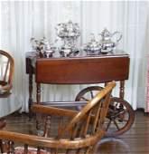 SINATRA ENGLISH VICTORIAN STYLE MAHOGANY TEA CART