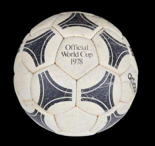 1978 FIFA WORLD CUP MATCH USED FOOTBALL