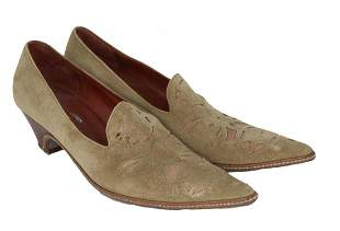 SHERYL CROW OWNED AND WORN SHOES
