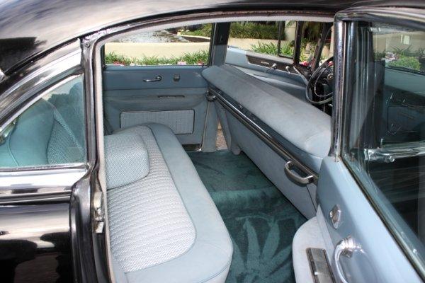 852: 1954 Cadillac Fleetwood Series 60 Special 4-Door S - 4