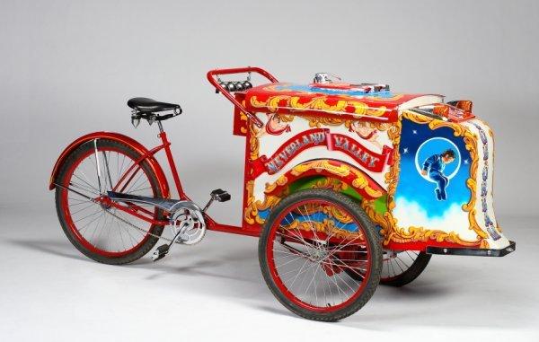 992: NEVERLAND VALLEY BICYCLE ICE CREAM CART