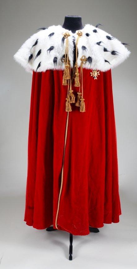 1091: MICHAEL JACKSON COSTUME CAPE