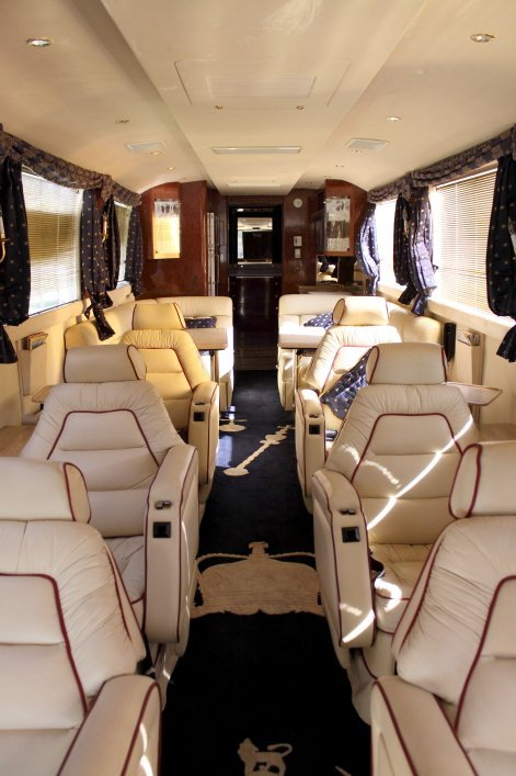 1232: 1997 Neoplan Touring Coach - 4