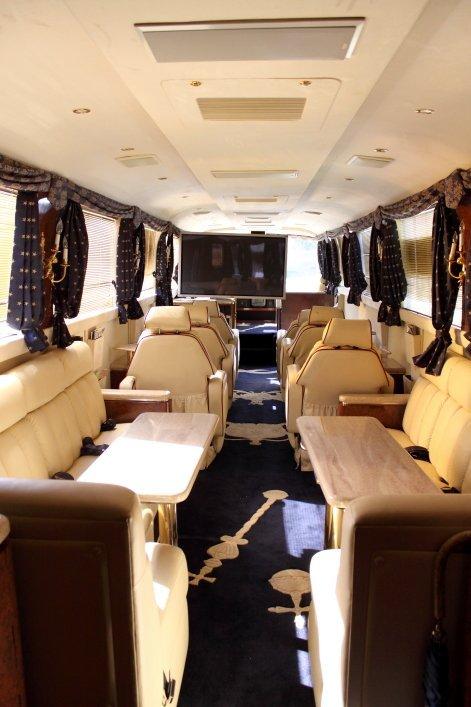 1232: 1997 Neoplan Touring Coach - 5