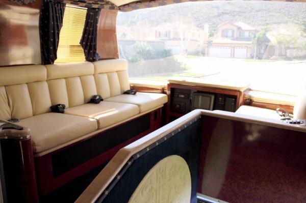 1232: 1997 Neoplan Touring Coach - 6