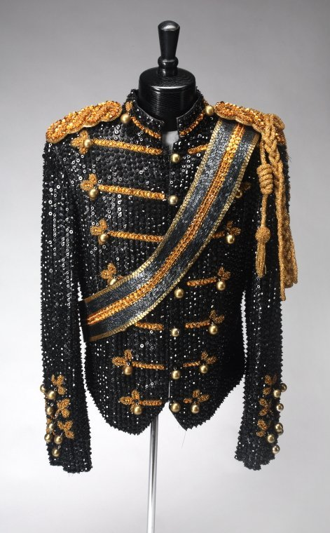 1377: MICHAEL JACKSON HOLLYWOOD WALK OF FAME JACKET