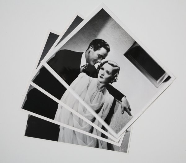 24: VINTAGE PHOTOGRAPH OF PICKFORD & ROGERS BY HURRELL